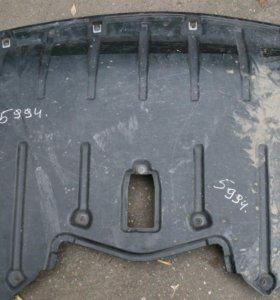 Защита двигателя пыльник BMW X5 E70