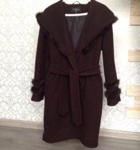 Пальто утеплённое р-р 42-44