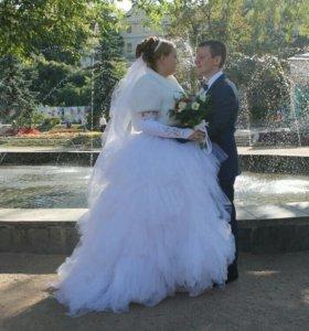 платья свадебное 46-48 размер