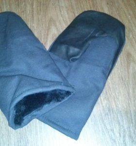 Новые рукавицы меховые с кожаным наладонником