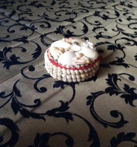 Шкатулка из ракушек(новая)