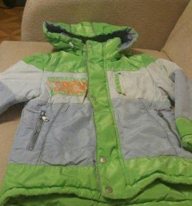 Тёплая куртка на 104-110