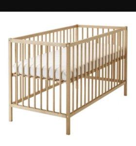Кровать и матрас новый ikea