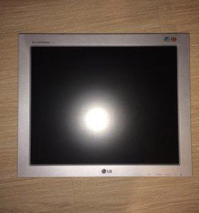 Монитор LG 17-и дюймовый