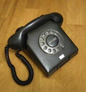 Дисковый старый телефон