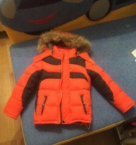 Куртка детская на мальчика 4-5 лет