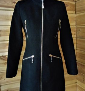 приталенное пальто на молнии