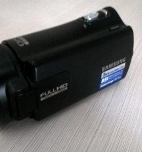 Видеокамера Samsung HMX-H304