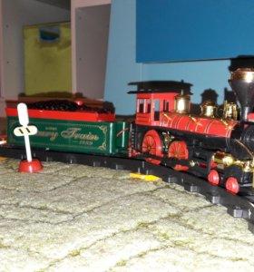 Игрушечный поезд