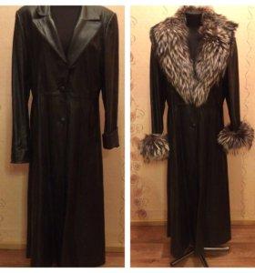 Кожаное длинное женское пальто