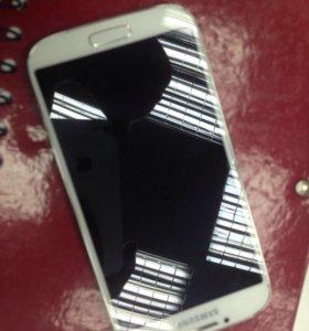 Телефон Galaxy S4.