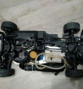Машина на пульте бензиновая Mersedes AMG нитро