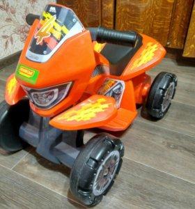 Каталка толокар - квадроцикл
