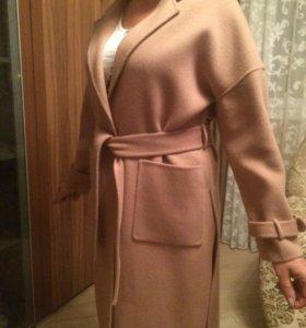 Новое кашемировое пальто 48р