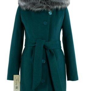 Новое женское утепленное пальто