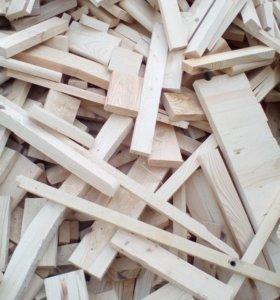 Продам на дрова столярные отходы