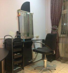 Кресло, место парикмахера