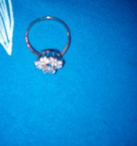 Золотое кольцо 18-5размер
