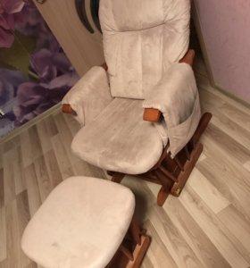 Кресло-качалка с пуфом