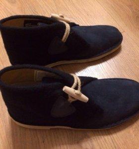 Новые ботинки Clarks Desert Duffle Navy/Comb