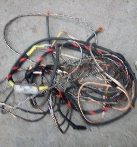Продам комплект проводов для 4-х канального усилит