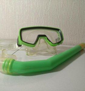 Дарю. Детская подводная маска и трубка