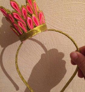 Корона из атласных лент на ободке