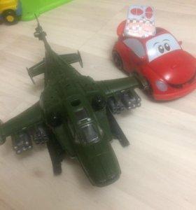 Машина с пультом chicco и вертолет