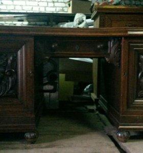 стол антикварный
