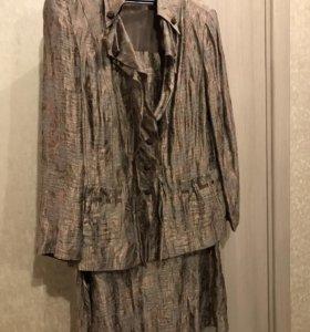 Костюм ( юбка+ пиджак) 54 размер
