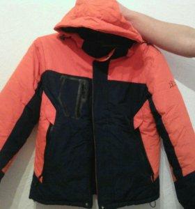 Зимняя куртка 44-48размер