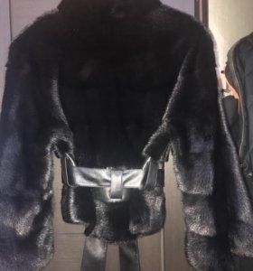 Продам норковую курточку