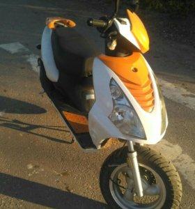Скутер baotian 50