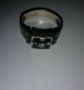 Перстень мужской серебряный.