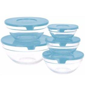 Набор стеклянных салатников с крышкой