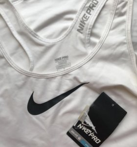 Nike pro новая
