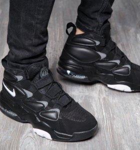 Кроссовки Nike осень