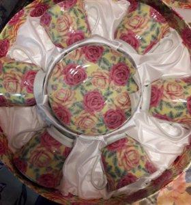 Кружки с блюдцами в подарочной упаковке