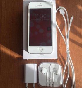 iPhone 5/32Gb White