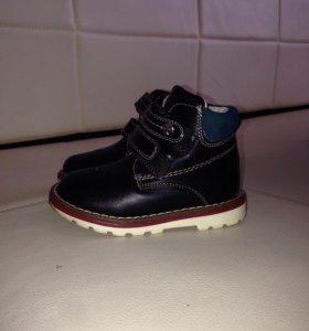 Детские ботинки осень-весна
