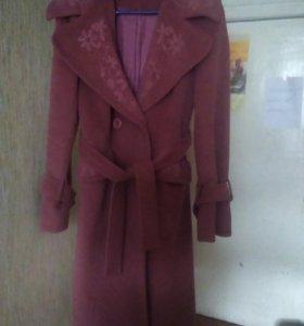 Пальто демисезонное, тёплое