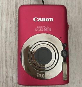 Цифровой фотоаппарат Canon с кожаным чехлом