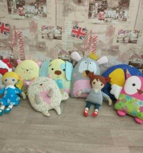 Текстильные подушки-игрушки