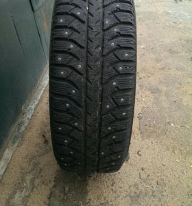 4 колеса в сборе на литых дисках Тойота