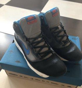 Демисезонные кроссовки Nike