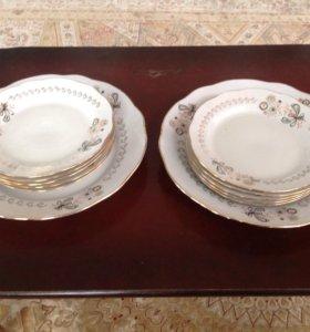 Комплект посуды: большое блюдо и 5 тарелок,Рига