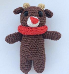 Вязаная игрушка (амигуруми) оленёнок