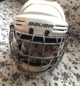 Шлем хоккейный BAUER белый