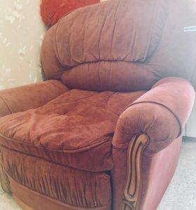 Мягкое кресло-кровать