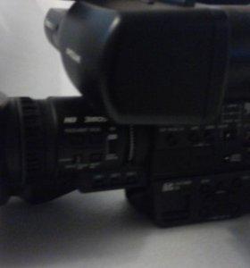 Видеокамера AG-HMC84ER